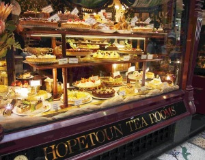 The Hopetoun Tearoom - wonderful place for morning or afternoon tea.  - Photo by Miss Potato Princess