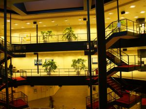 inside-university-661806-m