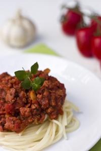 spaghetti-bolognese-1360603-m