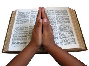 pray-1122915-m